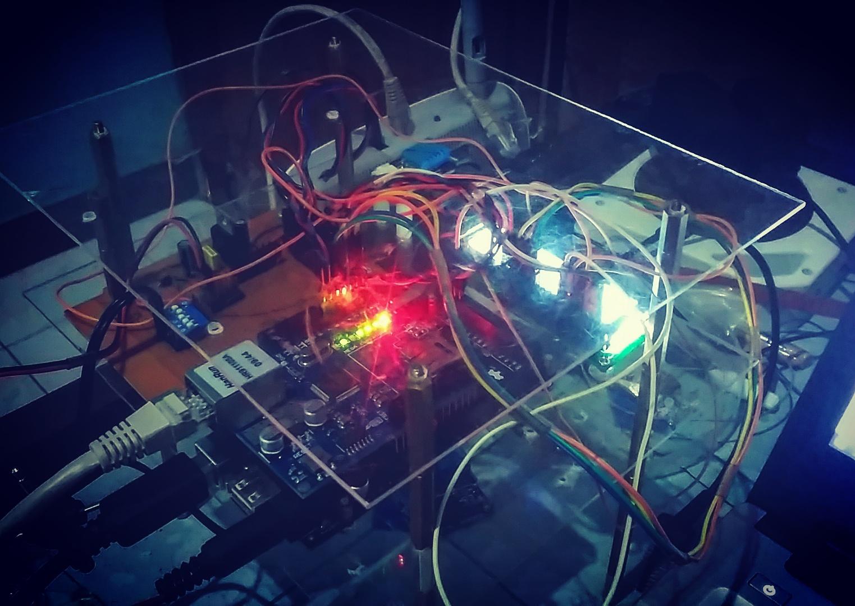 """IoT - Laurensius Dede Suhardiman """"Monitoring Suhu dan Kelembaban"""""""